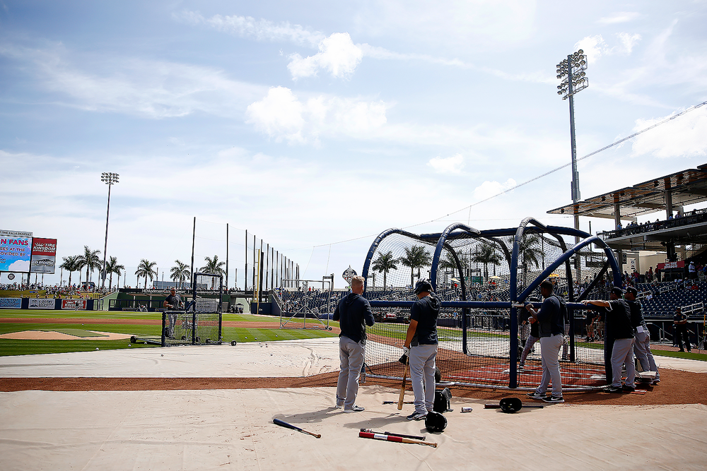 The New York Yankees take BP prior to a Grapefruit League spring training game in March. (Michael Reaves/Getty Images)