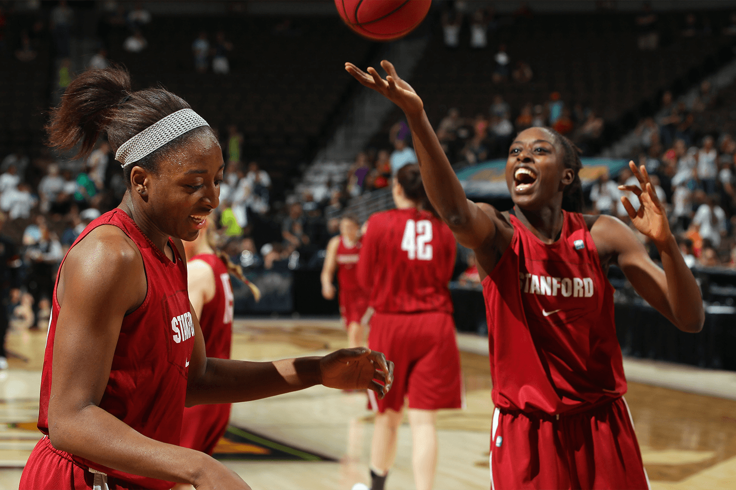 Nneka and Chiney Ogwumike at Stanford. (Doug Pensinger/Getty Images)