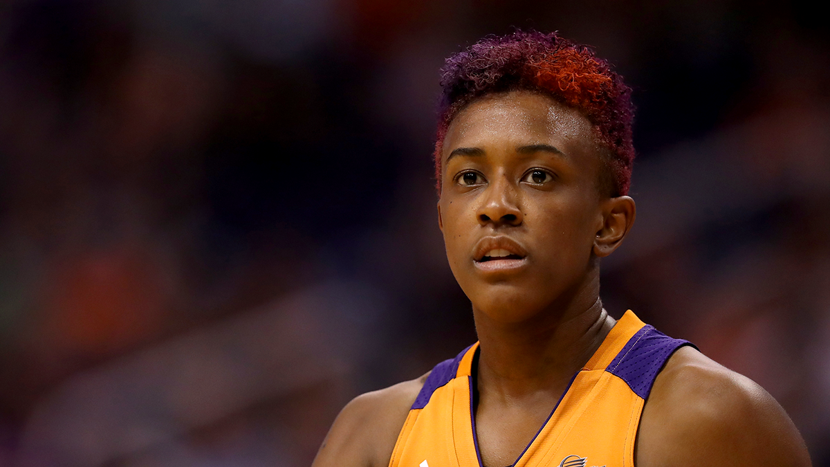 WNBA's Danielle Robinson: 'There's No Point of Doing Anything if You're Going to Go Half-Speed'